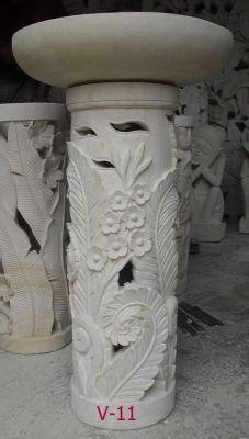 沙岩燈柱H60 (含盆) **花柱,雕花石柱,villa  (圓盆是素面)  *****全面出清中